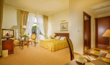 Санаторий Savoy Westend Hotel - 11